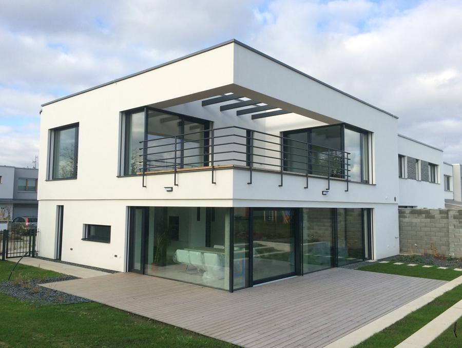 Stavba rodinných domů ale i výroba betonových výrobků