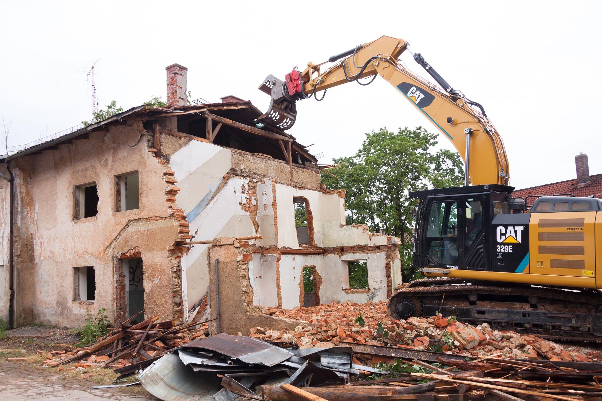 Stavba začíná výkopy