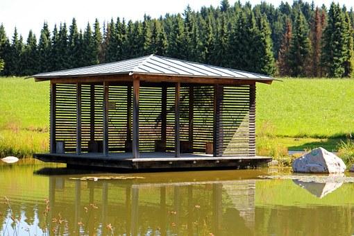 Dřevo na altán, schodiště i saunu