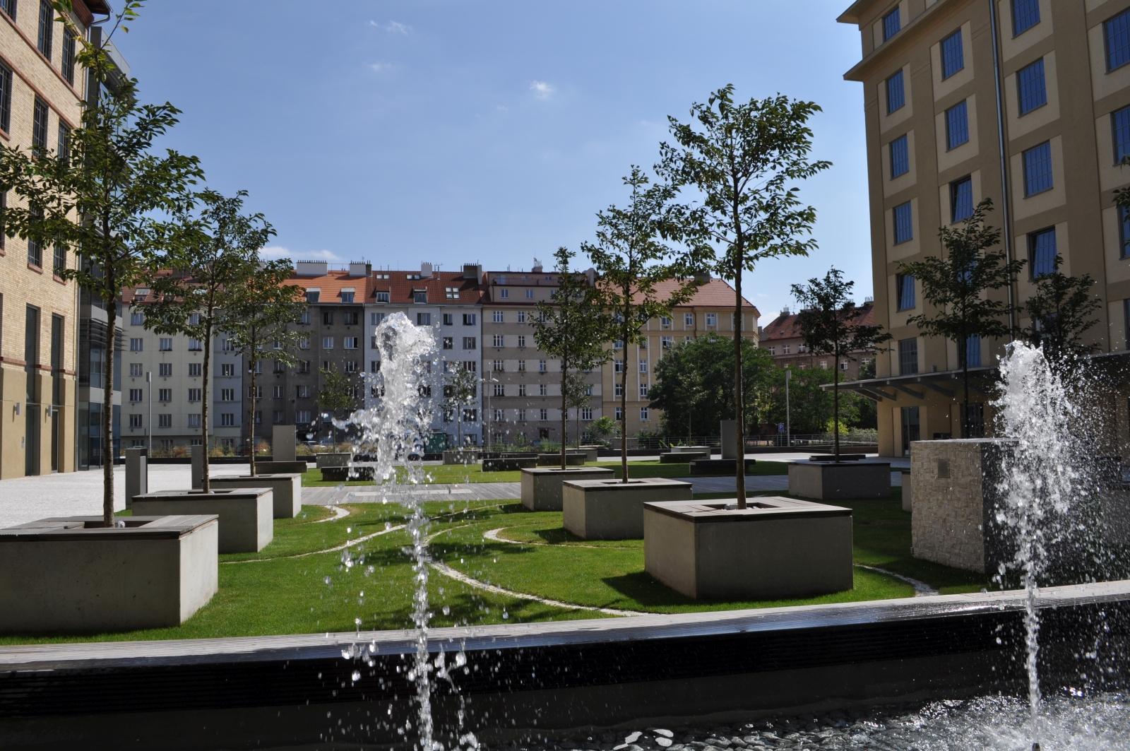 Střešní zahrada přinese přírodu do města