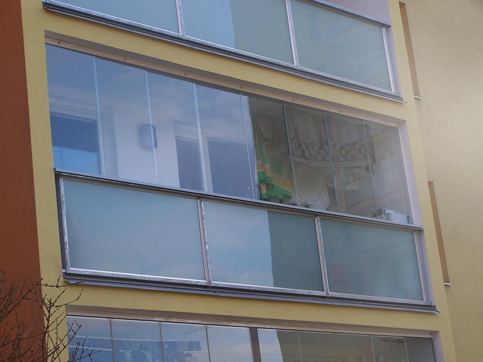 Využívejte balkón i za deště