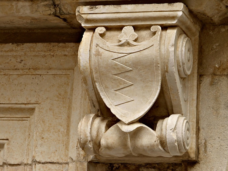 Krásný kámen nejen na náhrobky