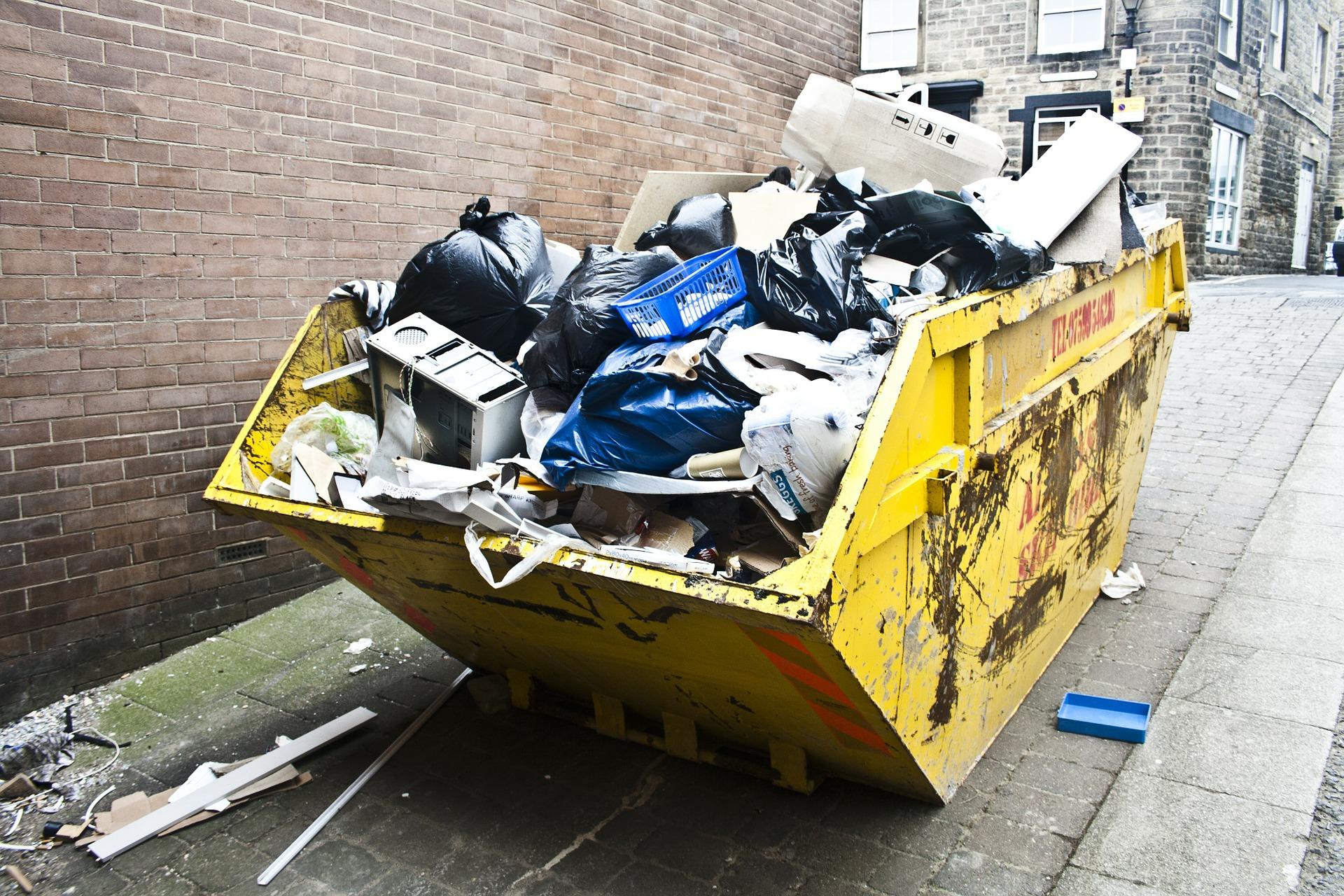 Odpady se skladují, třídí a likvidují