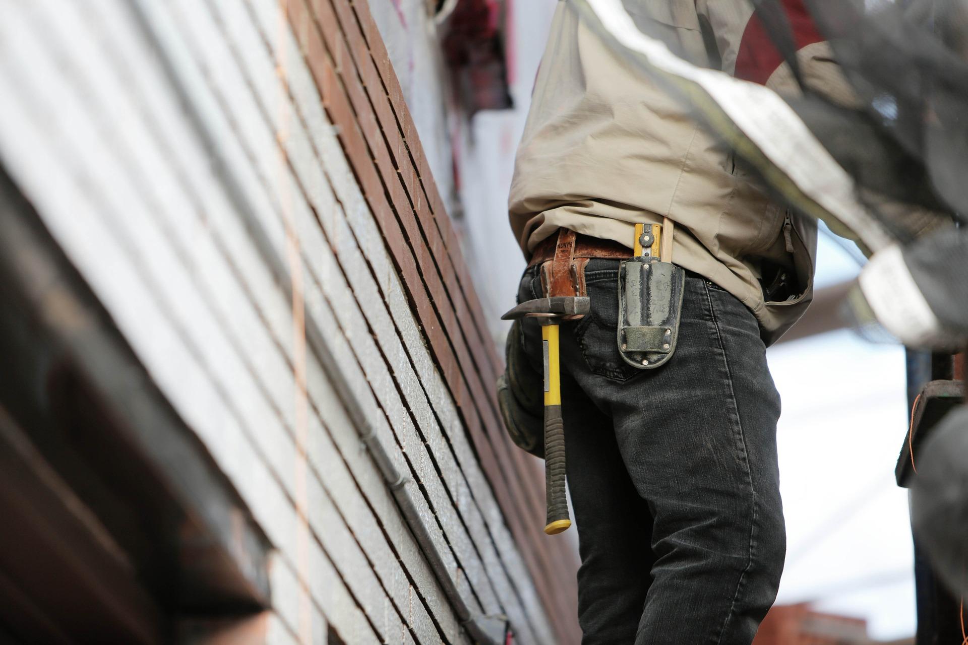 Nechat si zateplit dům od stavební firmy se vám vyplatí
