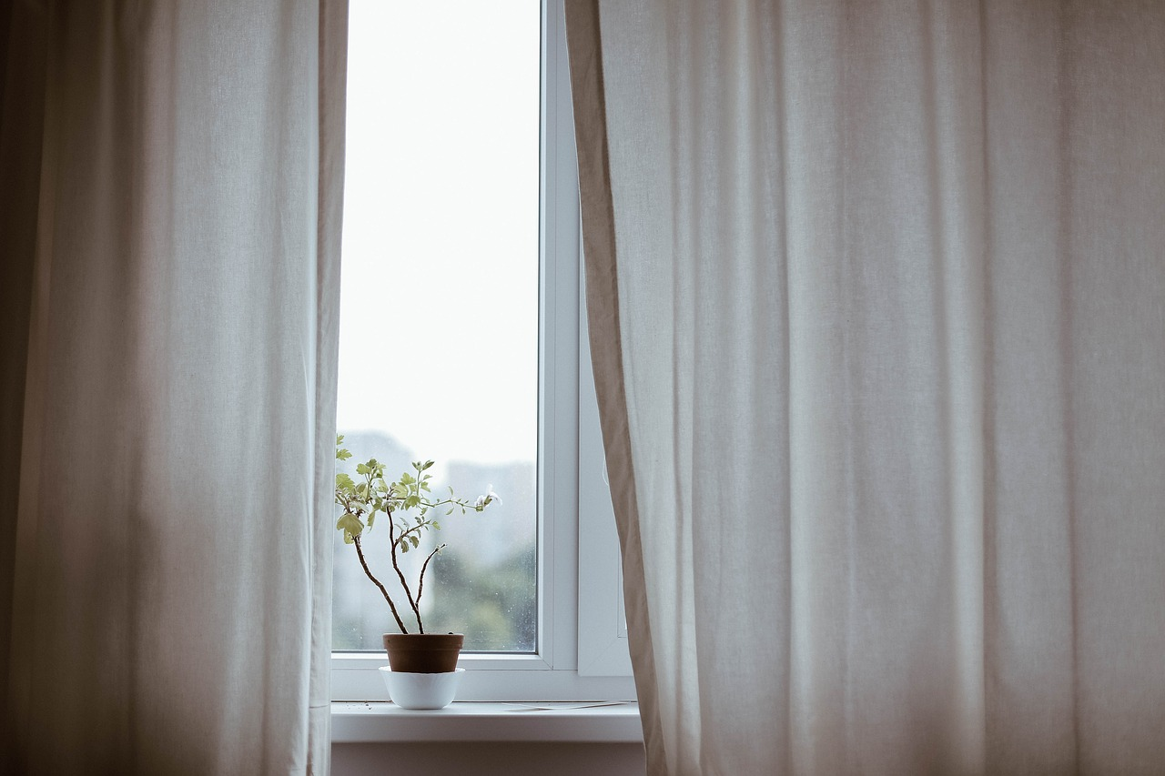 Dejte sbohem meluzíně pod okny