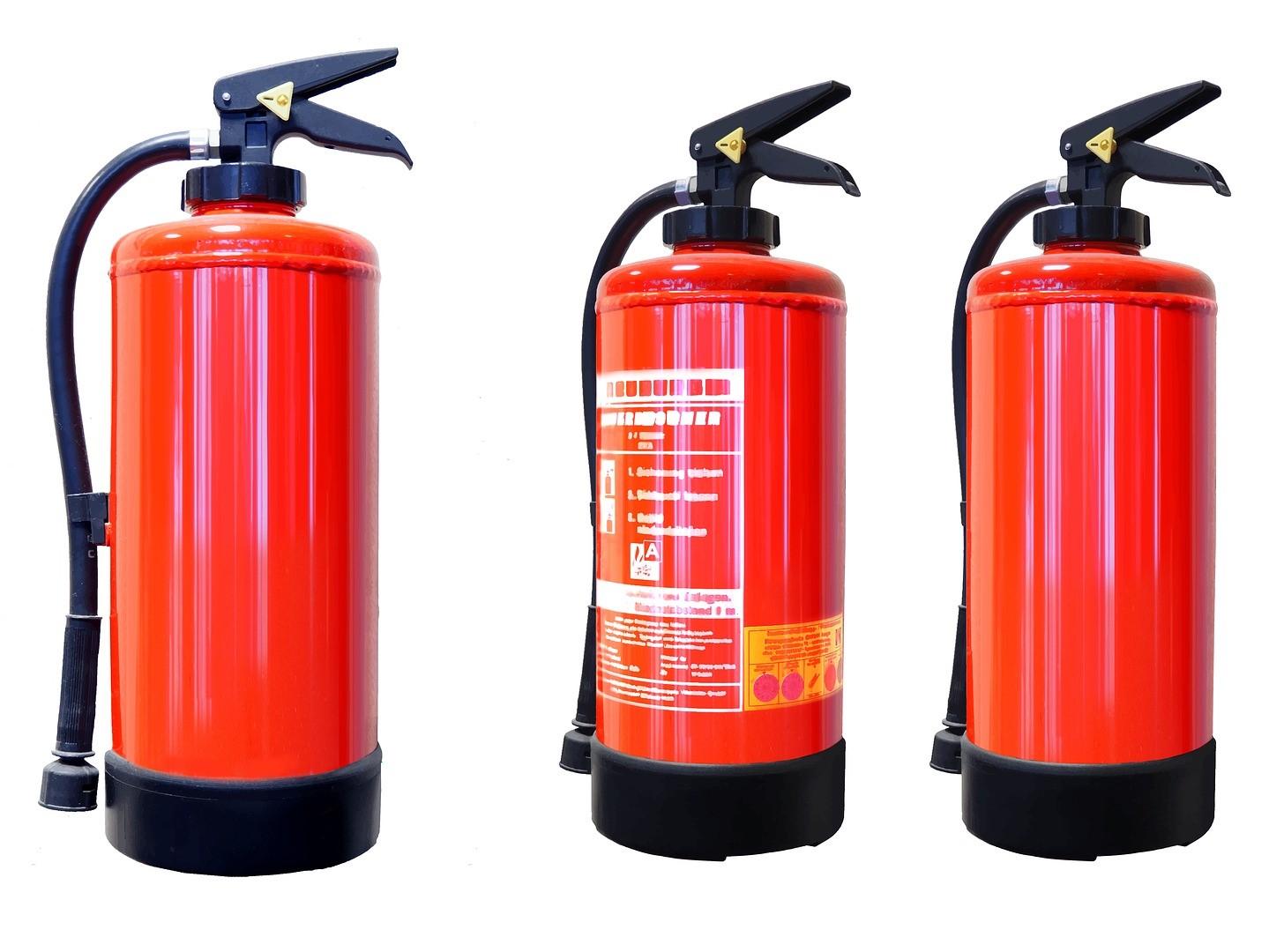 Jakédomácnosti musí mít ze zákona hasicí přístroj, a jak vybrat ten správný?