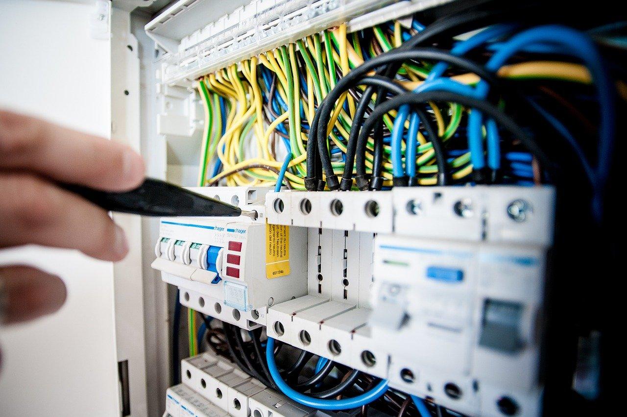 Co vše zvážit při projektování elektroinstalace?