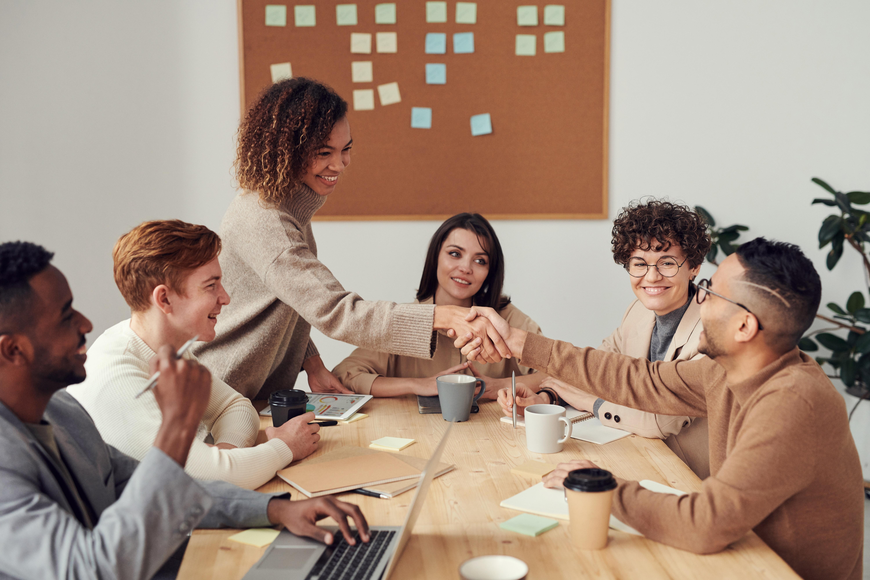 Shánějte pracovníky snadno díky personální agentuře