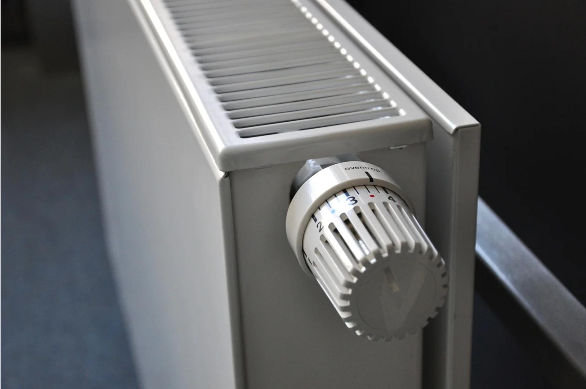 Elektrické, plynové nebo kotle na tuhá paliva? Jak vybrat to správné teplo pro váš domov?
