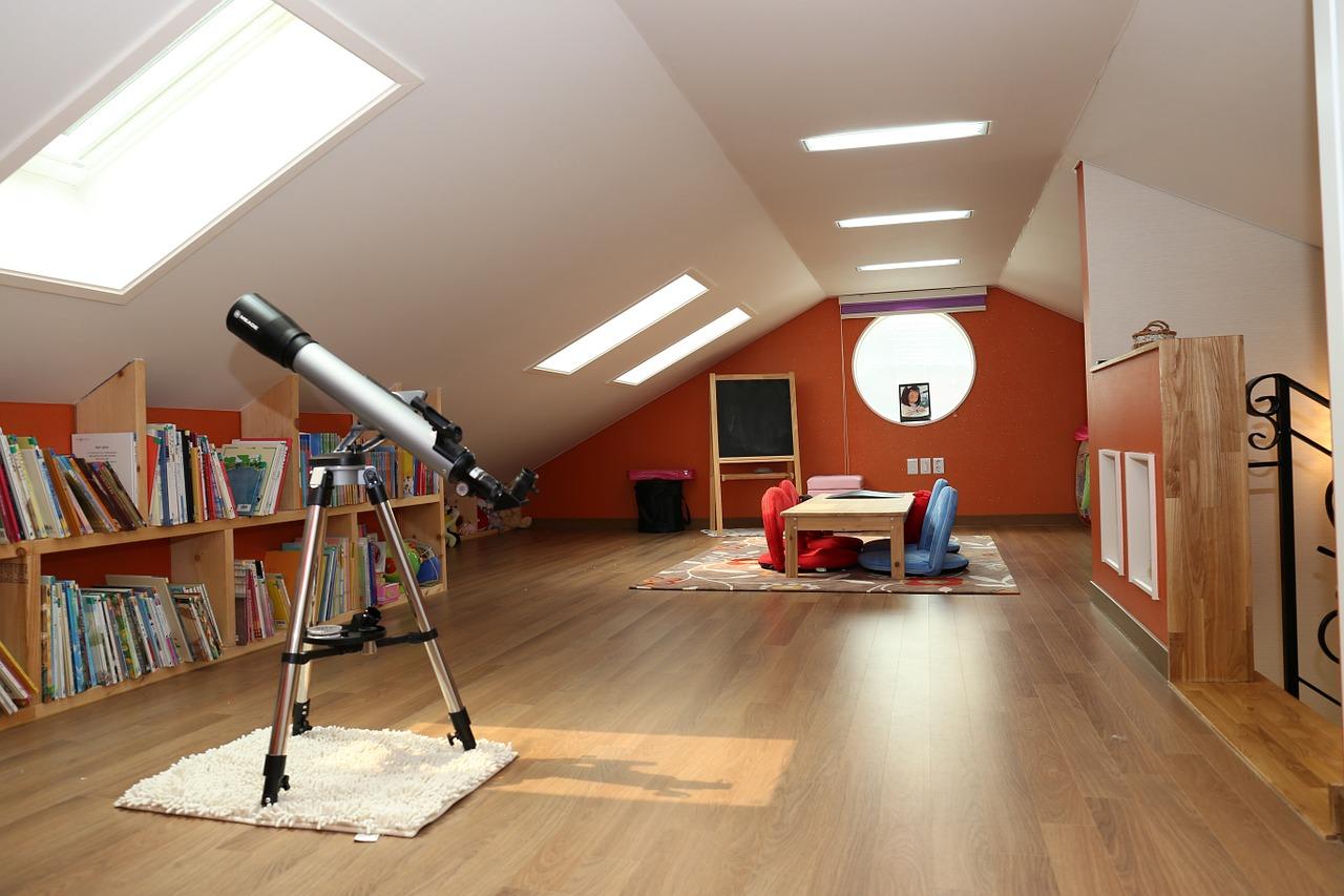 Střešní okna jako cesta ke spokojenému podkrovnímu bydlení